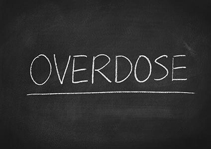 overdose text on chalkboard